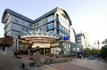 Standard-bank-to-move-to-kleine-kuppe2017-04-100