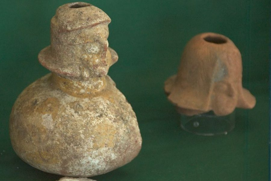 Axumite_Jar_With_Figural_Spout_