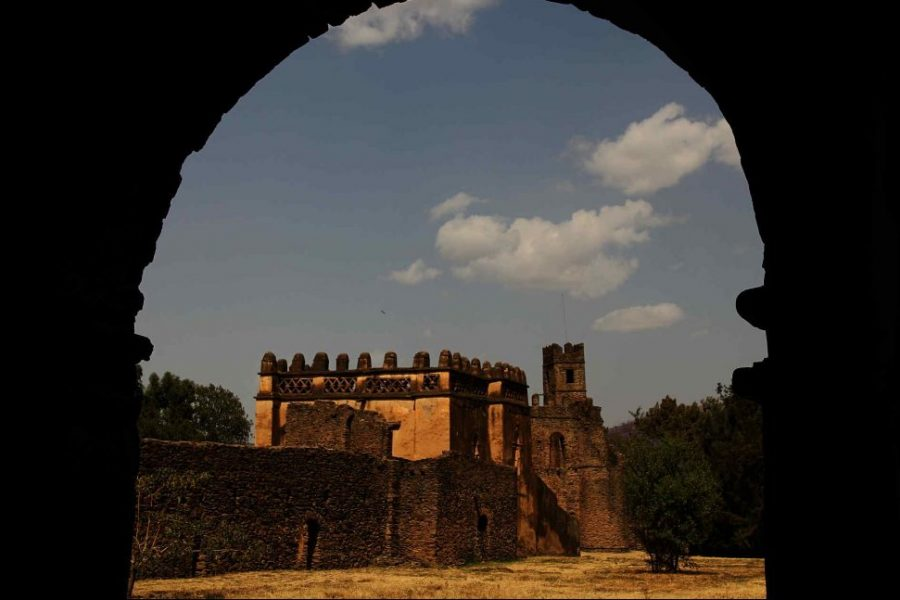 yohannes-i-castle-gondar-through-arch (1)