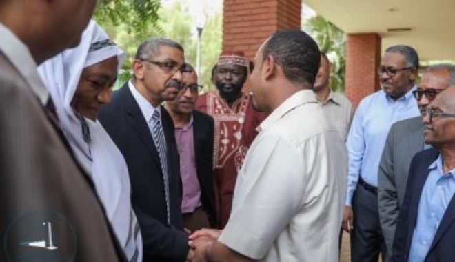 Prime-minister-Abiy-Ahmed-with-opposition-leaders-in-Khartoum-e1559930991851
