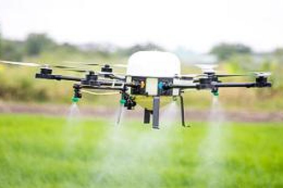 191001145300-smart-farm-drone-acquahmeyer-2-medium-plus-169