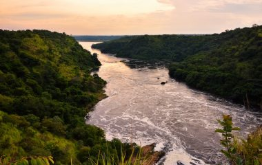 Evening,_Nile_River,_Uganda